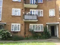 A beautiful 2 bedroom apartment in Finchley , North London with nearby primary and secondary schools
