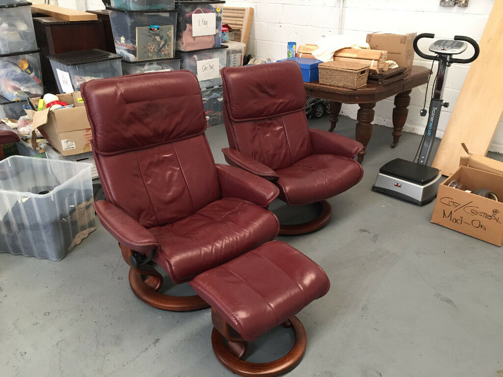 Ekorness Stressless Recliner Chairs and matching footstools
