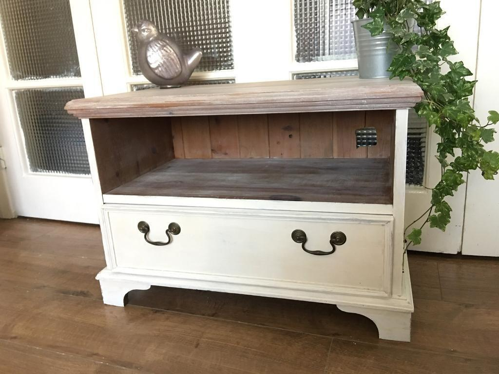 PINE TV STAND FREE DELIVERY LDN🇬🇧tv table