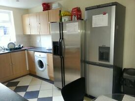 Double Bedroom Inclusive of All Bills Mayanrd Road, E17 9JE