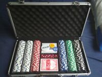 300 chips poker set, minimal use, 15£, collect only