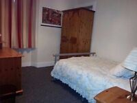 Spacious dbl room for rent, all bills included, excellent central location close to all amenities