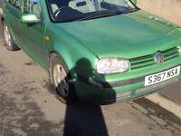 S Reg Volkswagen Golf 1.6 petrol ,Metalic Green 5 door £200 Ono L@@K