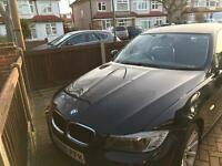 BMW 320i 2009 Black Great Condition