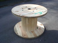 Wooden Reclaimed Industrial Cable Reel/Drum,Table, 120 cm x 81 cm Upcycled/Craft project.