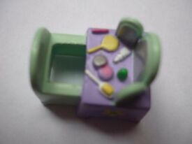 Polly Pocket Vintage Pretty Me Eye Shadow dressing table 1989