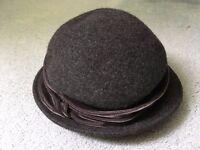Grey Hat, BNWT, Per Una, 1930's style