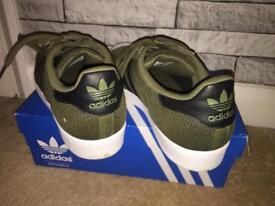 Adidas Superstars Khaki