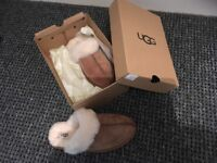 100% Genuine Ugg Slippers Size 6 as new