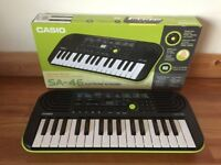 Casio SA-46 electronic beginners keyboard with mini keys for child. Hardly used.