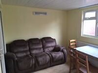 2 Bedroom in Stanmore - Available Immediately - Keys in Office