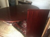 Beautiful good quality Dinning Table (oval and with extension)
