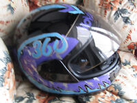 BLACK, TURQUOISE AND PURPLE MOTORCYCLE HELMET SIZE L FFROM FRANK THOMAS COLLECTION