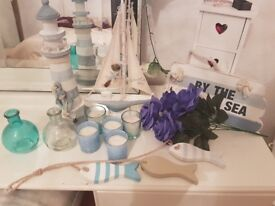 Bundle of nautical bathroom stuff