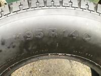 195R14C van tyre new