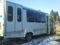 20 Passenger Bus on Ford F450 Chassis