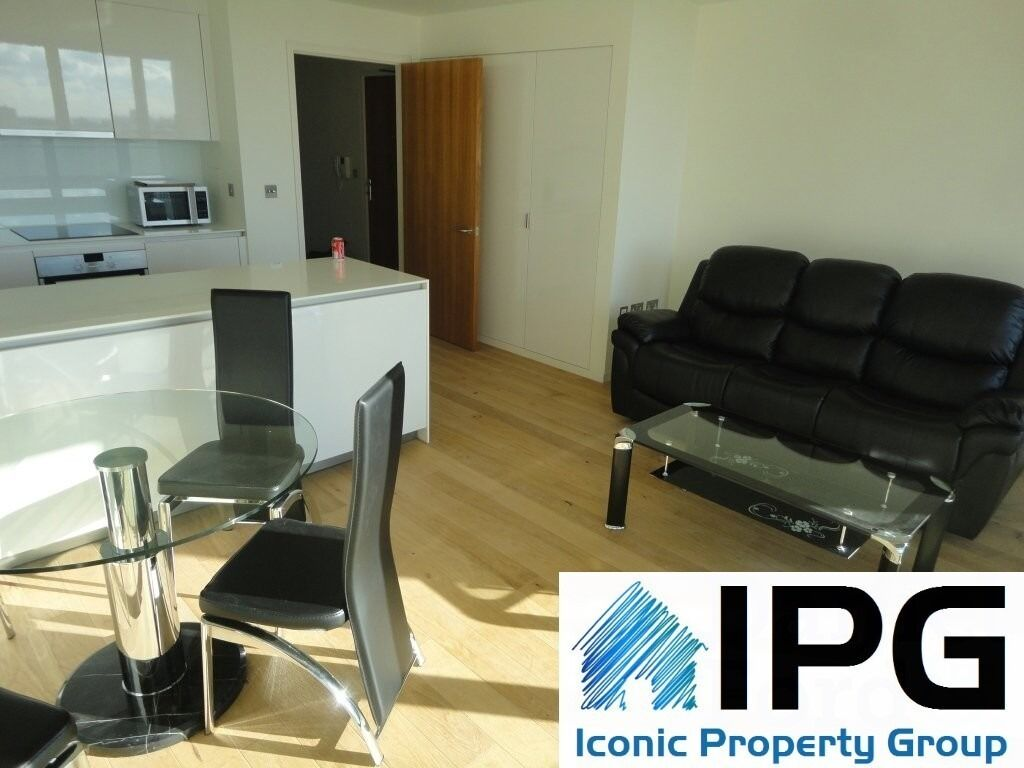Brand New two bedroom! Architect Designed! Moments from transport links!