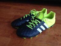 Kid's Football Boots UK 9 - Adidas