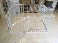 Play Pen (Large) by Safetots in White