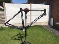 RIBBLE EVO PRO CARBON FRAME, FORKS AND EXTRAS