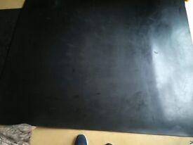 Extra large rubber work out / cardio mat