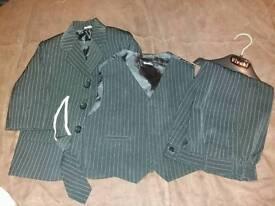 Boys 12-18 months suit