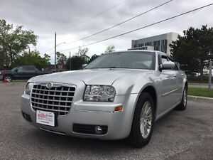 2008 Chrysler 300 Silver Leather AUX Input
