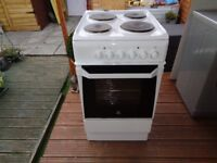 INDESIT ELECTRIC COOKER 50 CM
