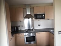 2 Dble Bedroom RiverView and Modern furnished Apartment in West Thamesmead Next to Woolwich Arsenal