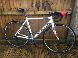 Kuota Korsa Lite Road Bike Mens Carbon Lightweight