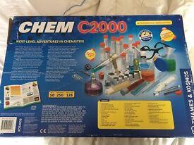 Quality, unused, Chemistry Set: Chem C2000 for 11+ year olds
