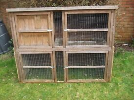 Pets at Home 5ft Tulip Cottage Hutch and Run for Rabbit or Guinea Pig.