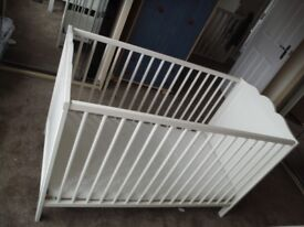 cot - crib