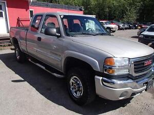 2007 GMC SIERRA CLASSIC 2500HD SLE1 EXT. CAB 4WD Prince George British Columbia image 7