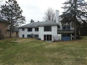 3801 Revelstoke Dr - luxurious waterfront home House for Rent