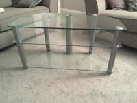 Glass tv stand, very good condition.