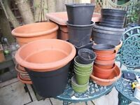 Mixed selection of 30 useful plastic plant pots