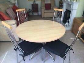 Circular table plus 4 chairs