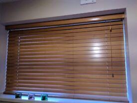 Oak Veneer blind (w=150.5cm l=95cm)