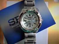 Seiko 5 Automatic sports watch.