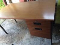 Office desk 1400x750mm- pick up only