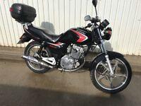 Suzuki EN 125 - 2A Motorcycle Learner Legal YBR Commuter CBf Great condition Serviced MOT