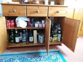 Drinks/storage cabinet.