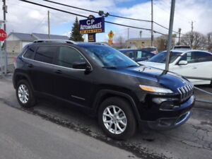 2017 Jeep Cherokee North V-6 4X4