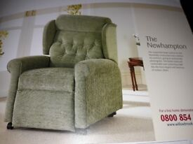 Willowbrook Reclining armchair, Newhampton Style in Rose - used, collection from Yarnton, Oxon