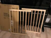 Safe Tot Chunky Wooden Screw Fit Stair Gate (from Amazon)