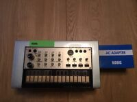 Korg Volca Keys Analog Loop Synth + Free Korg Plug - AS NEW condition