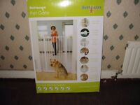 PET OR BABY GATE NEW UNWANTED GIFT