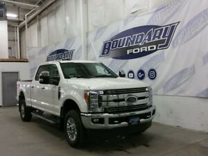 2017 Ford Super Duty F-250 SRW Lariat 6.2L Gas