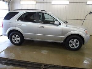 2009 Kia Sorento LX, Bluetooth, After Market Remote Start, Heate